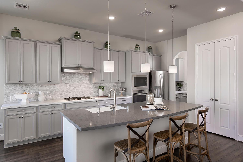 Kitchen - The Whitney (5960 Plan)