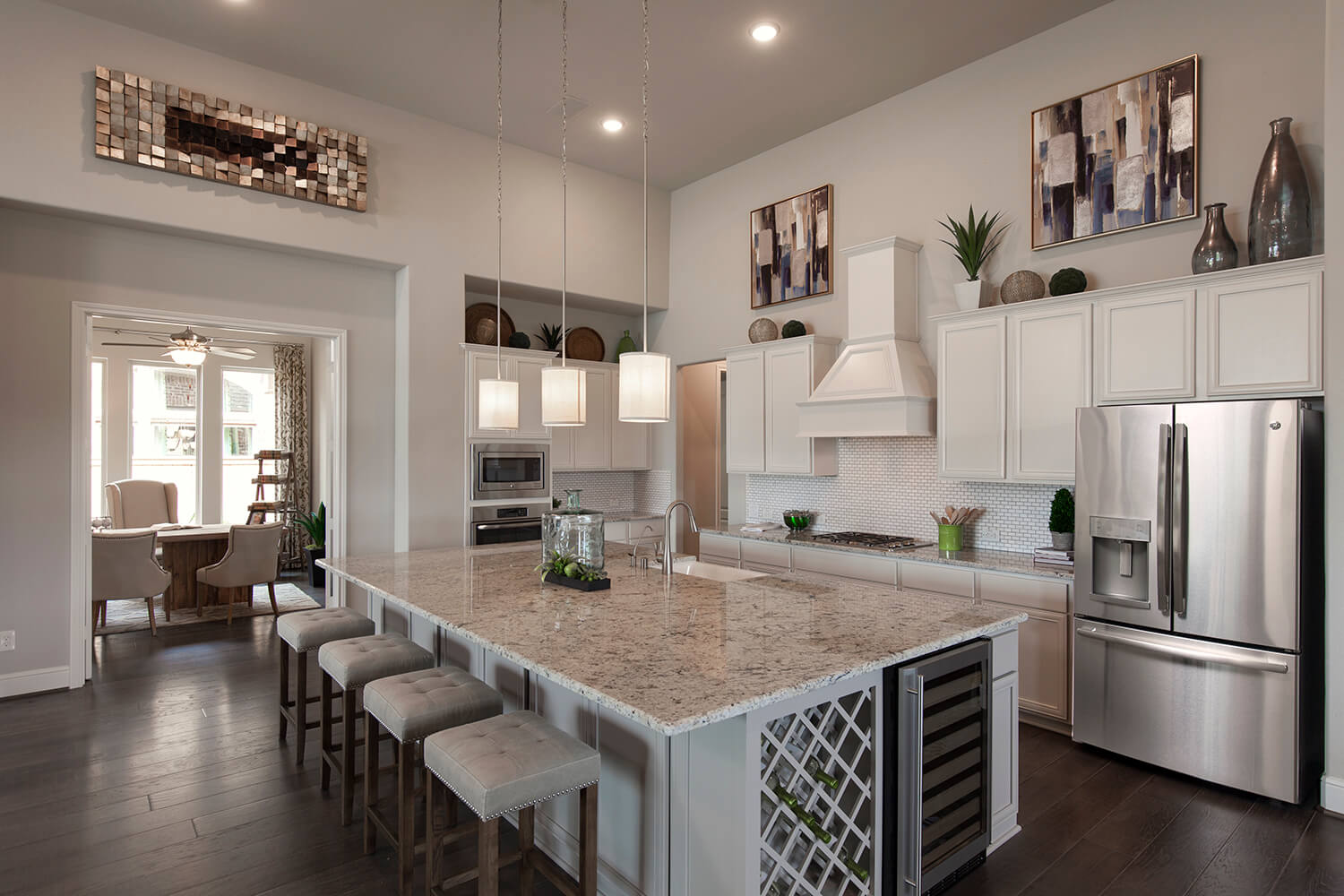 Kitchen - The Tomball (6876 Plan)