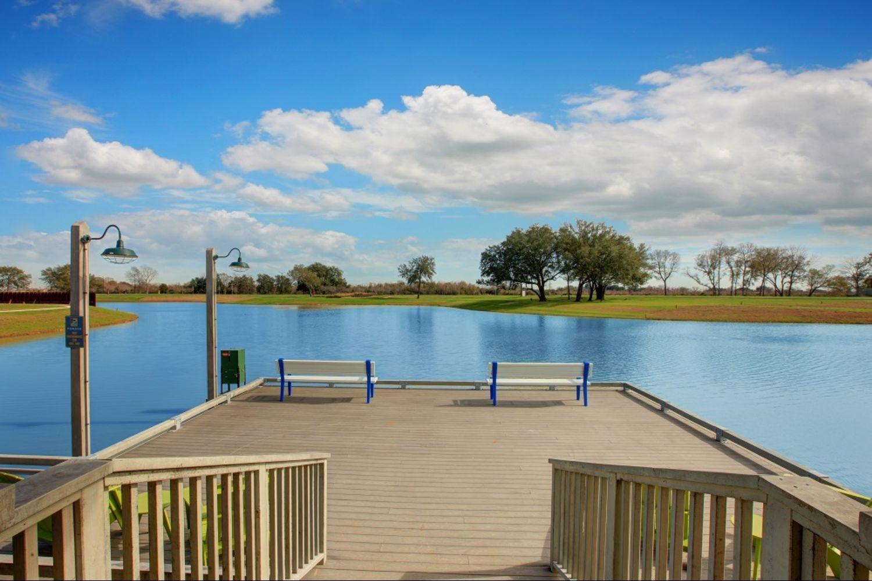 Pomona - Community Lake