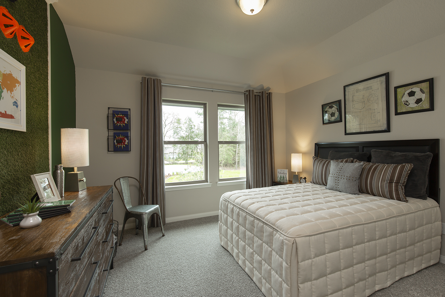 Secondary Bedroom - The Collin (5977 Plan)