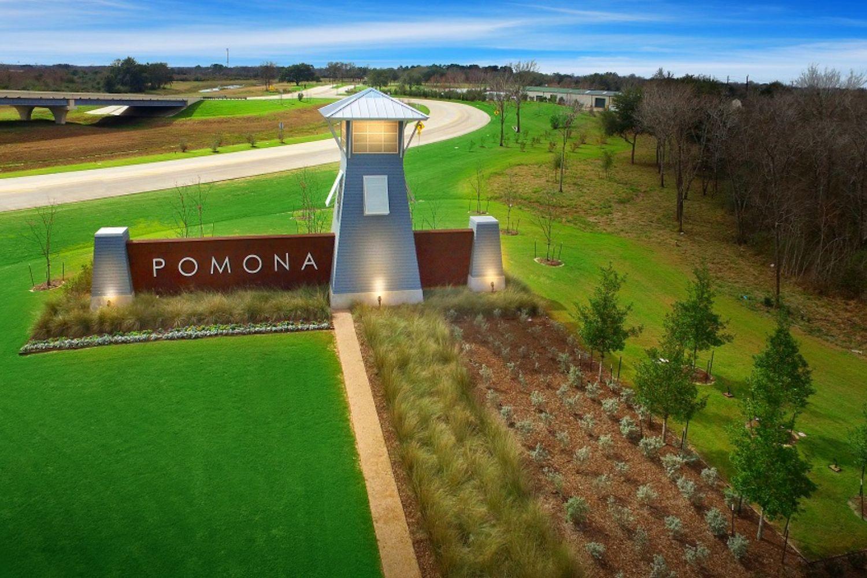 Pomona - Entrance Monument