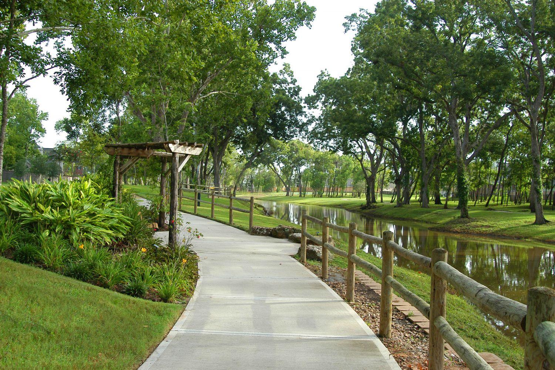 Sienna - Walking Trails