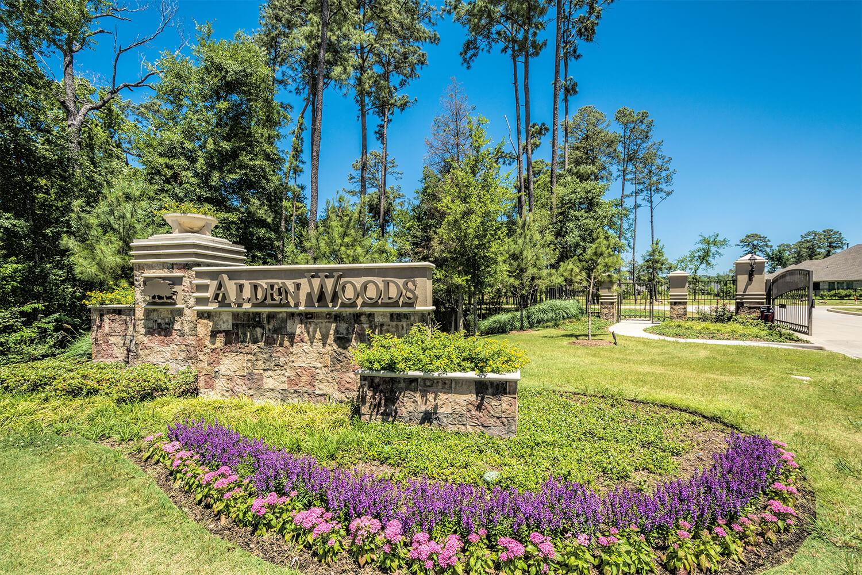 Alden Woods Community Entrance