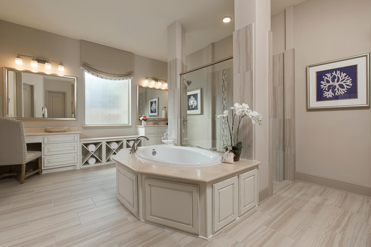 Bathroom 1 - The Jacksonville II (8310 Plan)