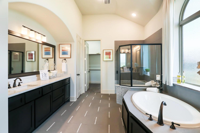 Bathroom 1 - The Wharton IV (7297 Plan)